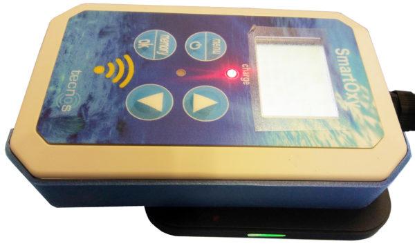 SmartOxy on charge pad